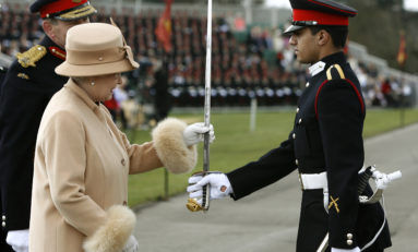 Can Queen Elizabeth Legally Kill Donald Trump? Monarch May Be Above The Law In UK Courts